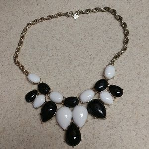NWOT banana republic statement necklace